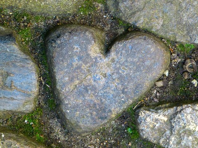 Herz in Stein gemeißelt